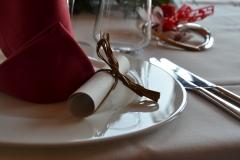 Allestimento tavola pranzo di nozze